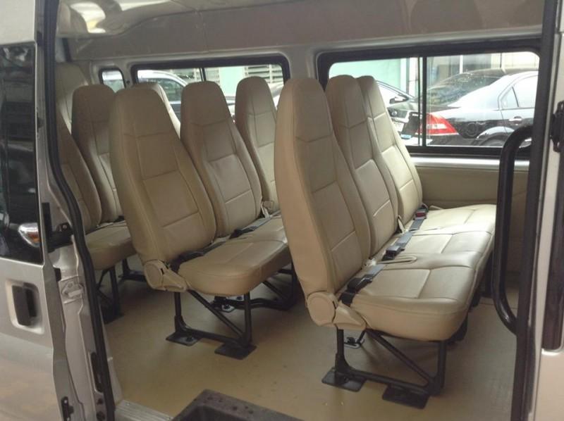 Cho thuê xe 16 chỗ Ford Transit