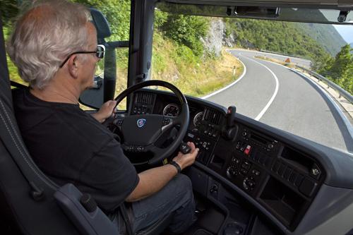 kinh nghiệm lái xe an toàn của Thuê Xe Vạn An