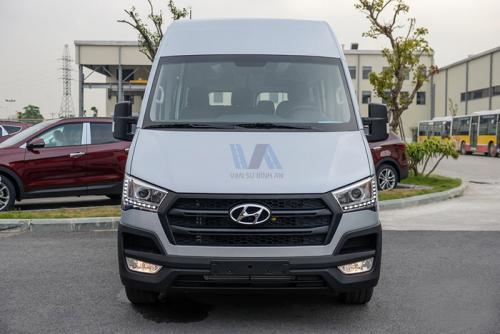 Vạn An cho thuê xe 16 chỗ Hyundai Solati 2019 đi lễ hội