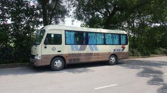 Liên hệ cho thuê xe du lịch 29 chỗ giá phải chăng ở Hà Nội     Thue-xe-du-lich-di-sapa-3