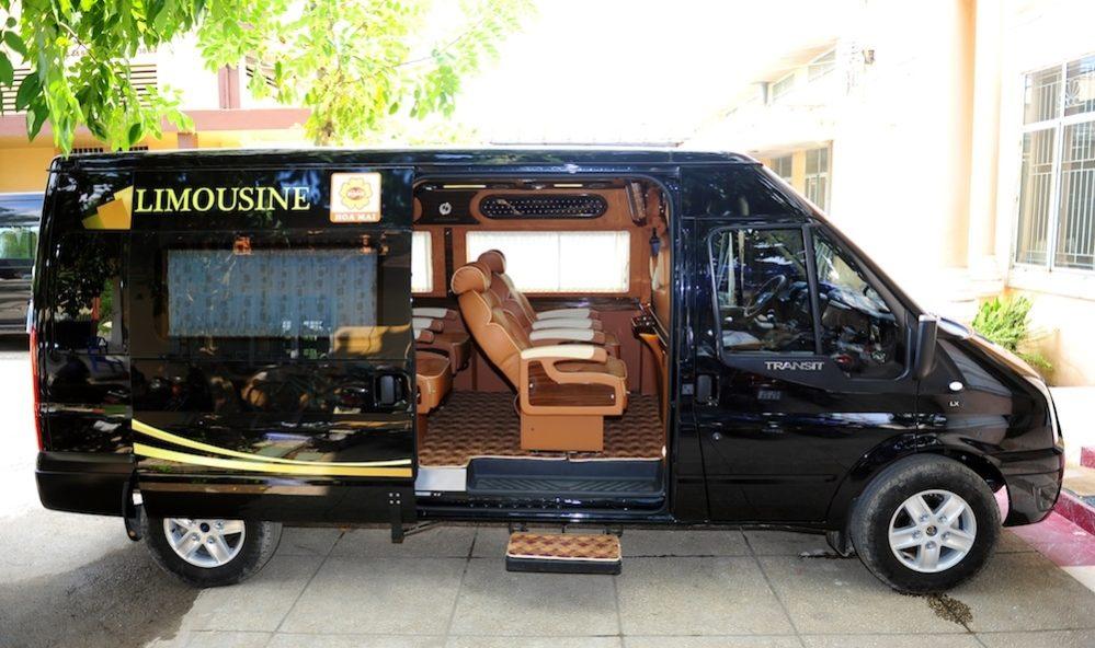 thuê xe limousine 12 chỗ