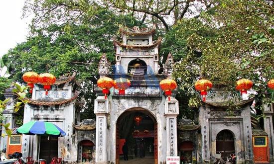 thuê xe 16 chỗ đi đền Mẫu Hưng Yên
