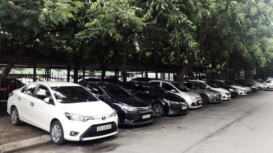 cho thuê xe theo tháng giá rẻ nhất Hà Nội