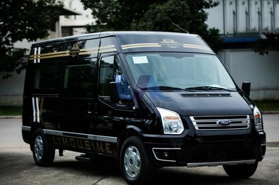 thuê xe 16 chỗ Ford Transit Limousine Dcar