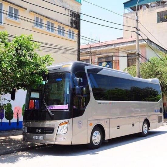 thuê xe du lịch đi Hạ Long