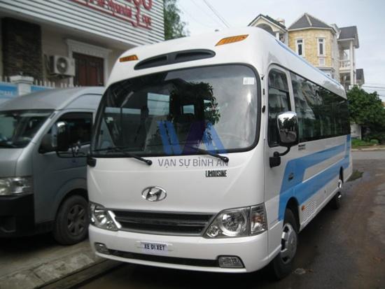 thuê xe 24 chỗ đi Hạ Long