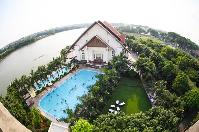 thue xe 29 cho di song hong resort 1